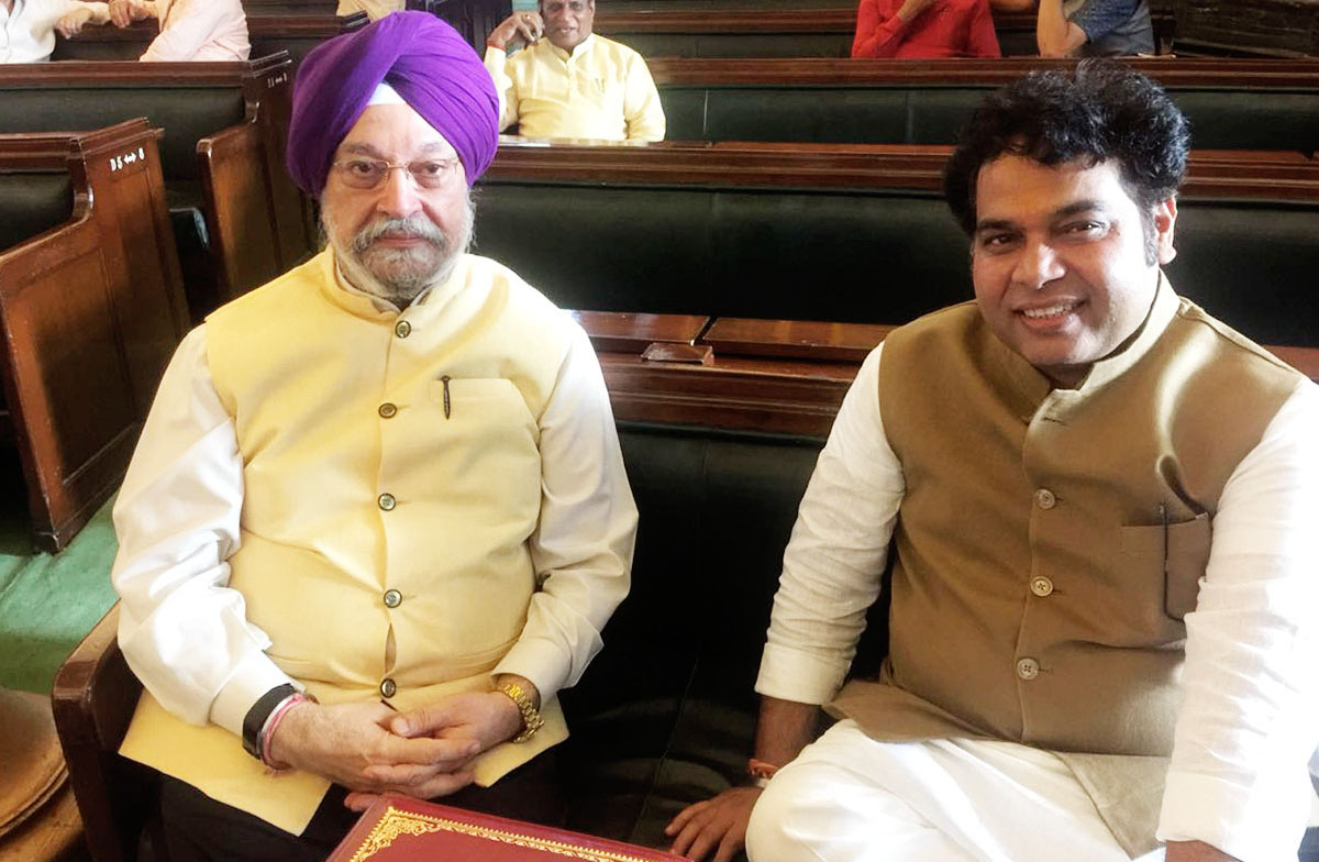 hardeepsingh_puri_with_shrikant_sharma1